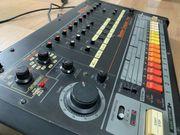 ROLAND TR-808 RHYTHM COMPOSER ANALOGUE
