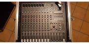 Mackie CFX12 Kanal Mixer mit