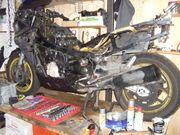 Kawasaki GPZ 1000 RX Teileträger