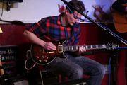 Gitarrist Sänger und Bassist