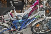 Fahrräder in einen sehr guten
