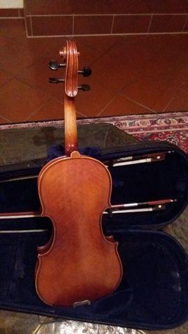 schöne halbe Geige mit Kasten: Kleinanzeigen aus Illingen - Rubrik Streich- und Zupfinstrumente