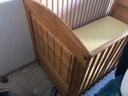 Kinderbett gut erhalten komplett mit
