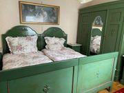 Omas Schlafzimmer