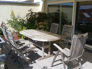Terrassenmöbel Teakholz-Tisch und 5 Stühle
