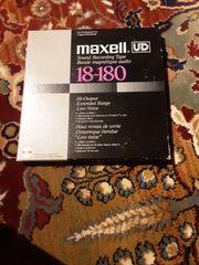Tonbandspulen 2 von Maxwell und