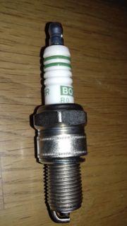 Zündkerzen Bosch W7DC neu 0241235755