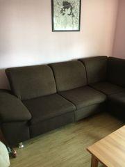 Gut erhaltenes Sofa zu verschenken