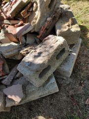 Bauschutt Auffüllmaterial Hohlblocksteine Steine Hohlblock