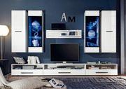 Neue moderne Möbel wegen Umzug