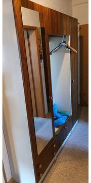 Retro Garderobe Kleiderschrank Kommode alt