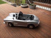 Kinderauto im Mercedes Oldtimer Style