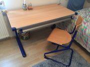 Schüler-Schreibtisch mit Stuhl