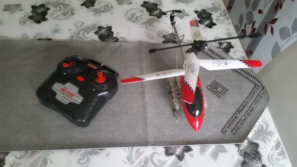 Hubschrauber mit Fernsteuerung