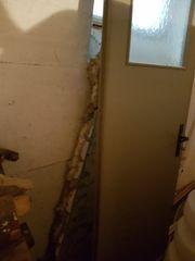 Kellertür zu verschenken