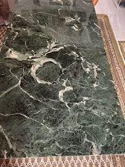 2 hochwertige grün-schwarze Marmorplatten zu