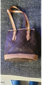 3baae256470c Louis Vuitton in Hamburg - Bekleidung   Accessoires - günstig kaufen ...