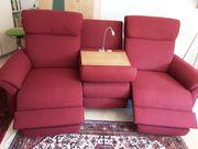 Couch mit 2 elektrisch verstellbaren