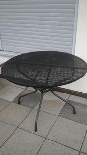 Gartentisch aus hochwertigem Metall von