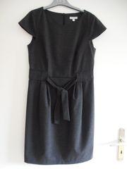 Kleid Design auch Business grau