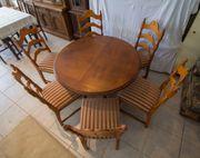 Runder Tisch mit 6 Stühlen
