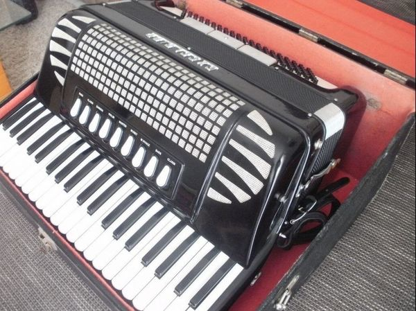 Akkordeon Excelsior 120 Bass