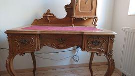 Sonstige Möbel antiquarisch - Barock-Schreibtisch mit Aufsatz