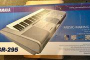 Keyboard Yamaha PSR 295 mit