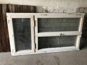 Schönes altes Fenster mit Rahmen