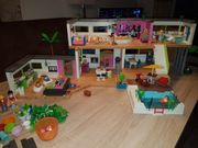 Playmobil Große Luxusvilla mit Appartment