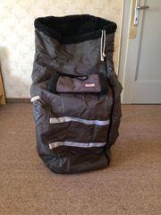 Rollstuhl-Schlupfsack mit Handmuff