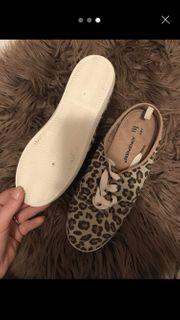 Damen Schuhe Leo 39
