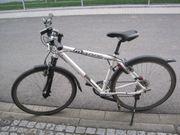 Trekkingräder Damen- u Herrenfahrrad 28
