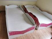 Zwei Prinzessinbett Kutschenbett mit Lattenrost