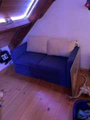 Kleine Couch zum ausziehen