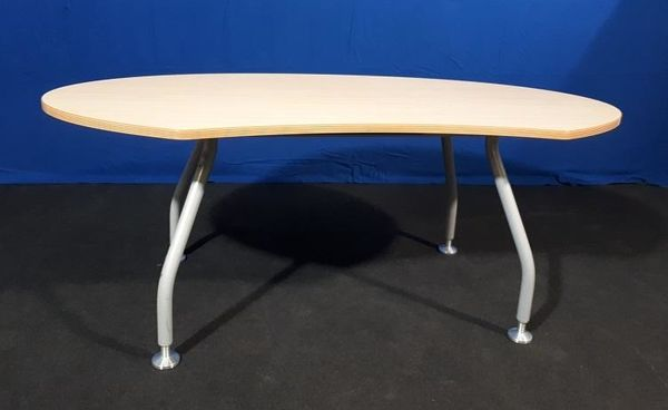 Schreibtisch Oval Freiform