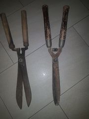 2 Gartenscheren mit Holzgriffe 1