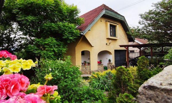 Familienhaus in Ungarn Üröm