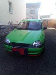Opel Corsa b kleiner grüner