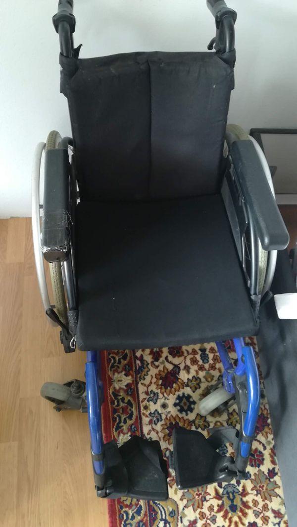 Rollstuhl für schlanke Patienten Sitzfläche