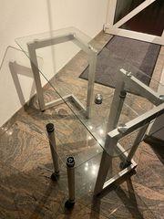 Glas-Schreibtisch