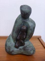Brigitte Wawoe BRONZE Mutter mit