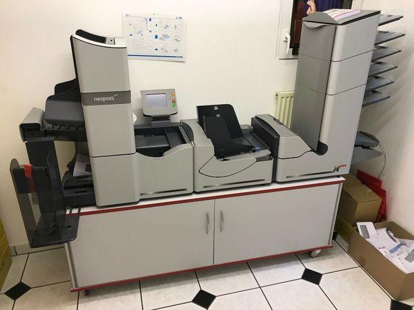 Neopost DS-86 Kuvertiermaschine