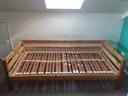 Holzbett 90 200cm mit Lattenrost