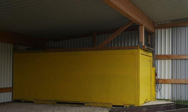 Motorradeinstellmöglichkeit Container
