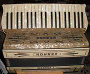 Hohner Akkordeon Organola 120 Bass