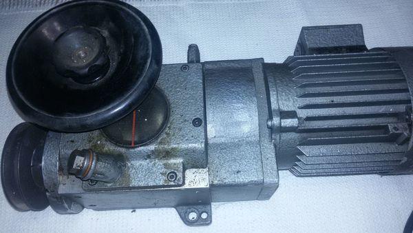 Heynau-Antriebsmotor regelbar günstig abzugeben