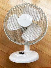 Tisch-Ventilator weiss