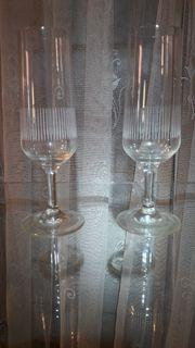 2 Stück Sektgläser Sektglas geschliffen