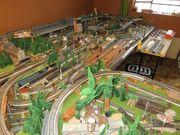 Große Modelleisenbahn-Anlage HO Märklin - analog